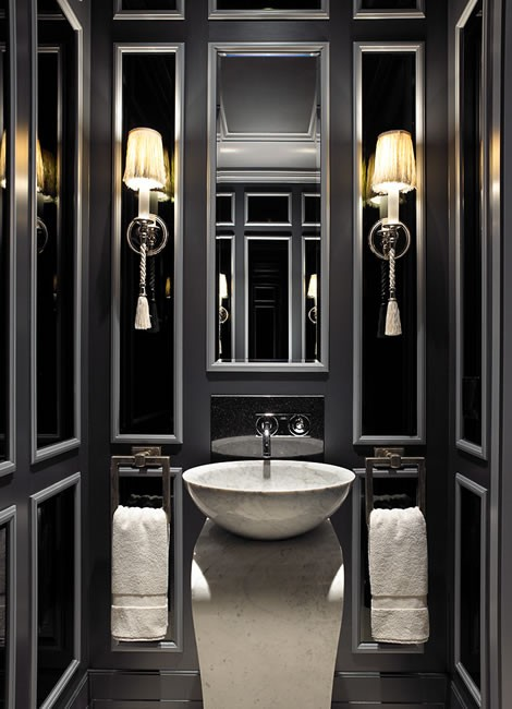 Elegante e raffinato, il bagno si tinge di nero - Casa.it