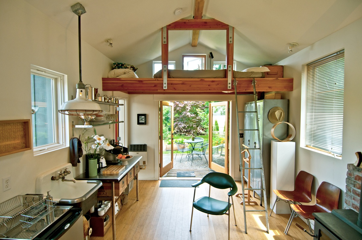 garage studio loft ideas - Mini House da garage a mini loft Casa