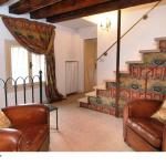 casa_tiziano_pittore_affresco_scala