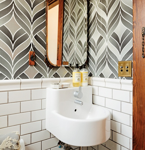 10 idee per arredare un piccolo bagno for Idee per arredare il bagno piccolo