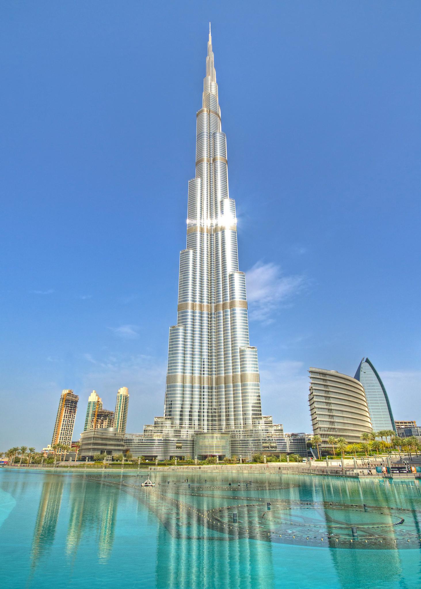 Burj_Khalifa,_2012