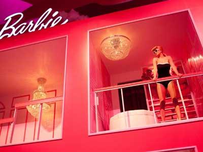 Casa Ufficio Barbie : A berlino aprirà la vera casa di barbie casa.it