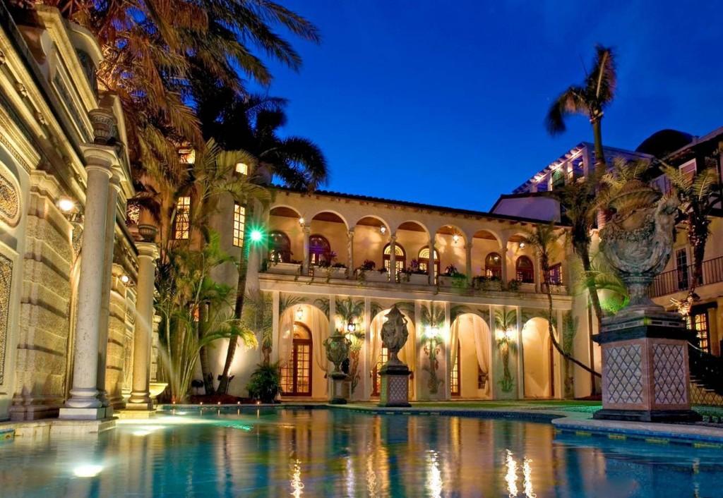 villa_versace_miami_piscina