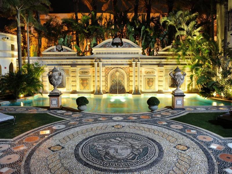 Di nuovo in vendita la villa di Versace a Miami - Casa.it
