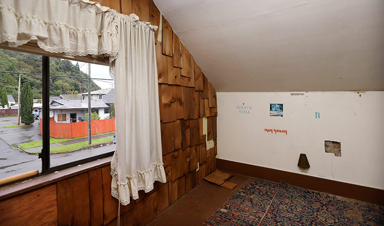 Cobain's attic bedroom still has band names on the walls