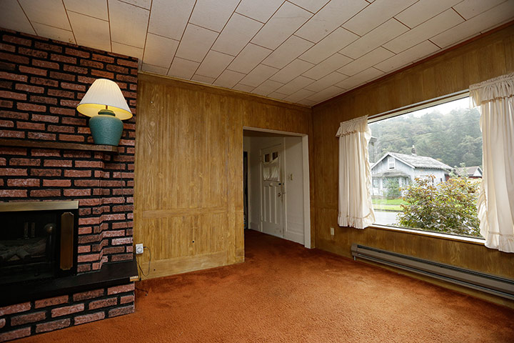 The living room of Kurt Cobain's childhood home