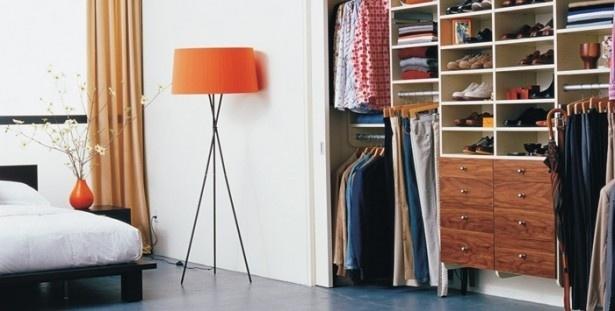 Armadio o guardaroba 10 idee adatte ad ogni tipo di for Piccoli piani di casa cabina di log