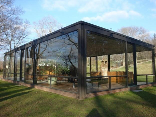 La casa di vetro for Costruttori di case in stile ranch in texas