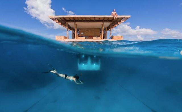 Manta-Underwater-Room-3