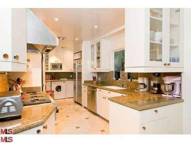Christina ricci vende la villa di los feliz - Ricci casa bagni ...