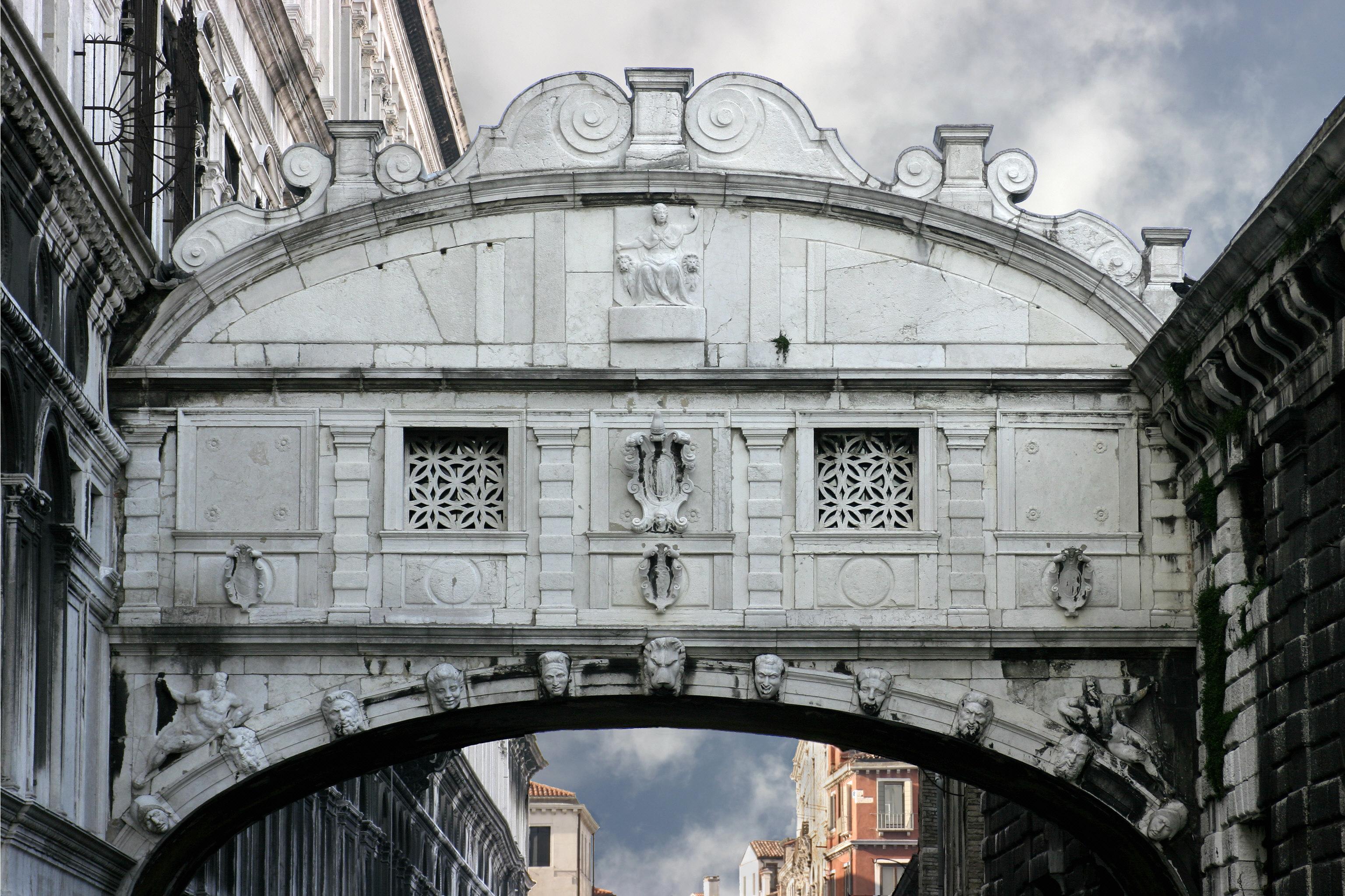 L 39 amore una casa meravigliosa for Ponte intorno alla casa