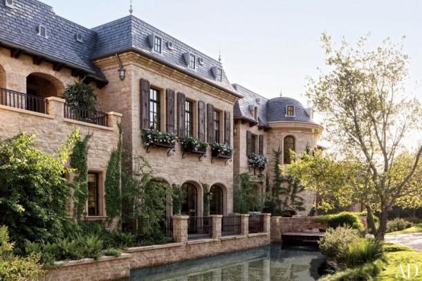La super villa della top model gisel bundchen in vendita for Immagini di entrate di ville