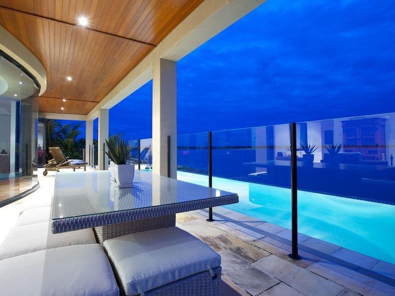 10 piscine sul terrazzo di casa for Arredo piscina