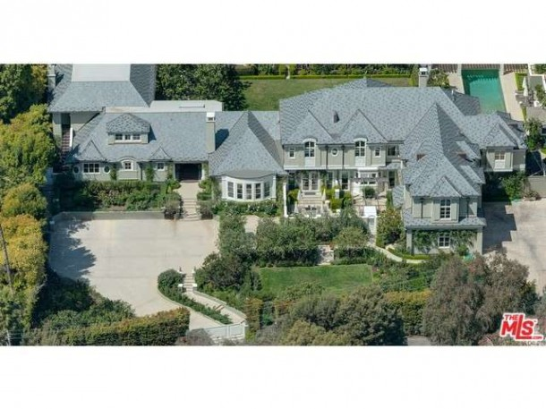 stacey-snider-selling-mansion-1-610x457