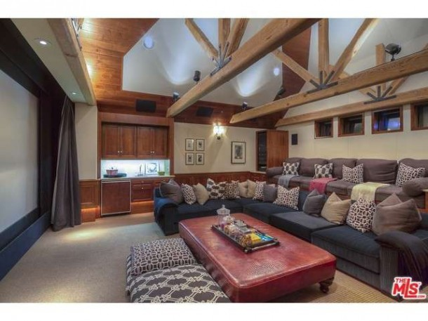 stacey-snider-selling-mansion-14-610x457