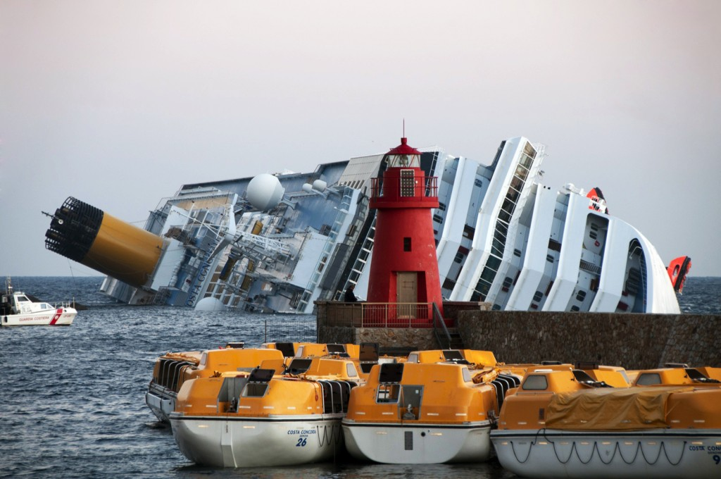 Collision_of_Costa_Concordia_27