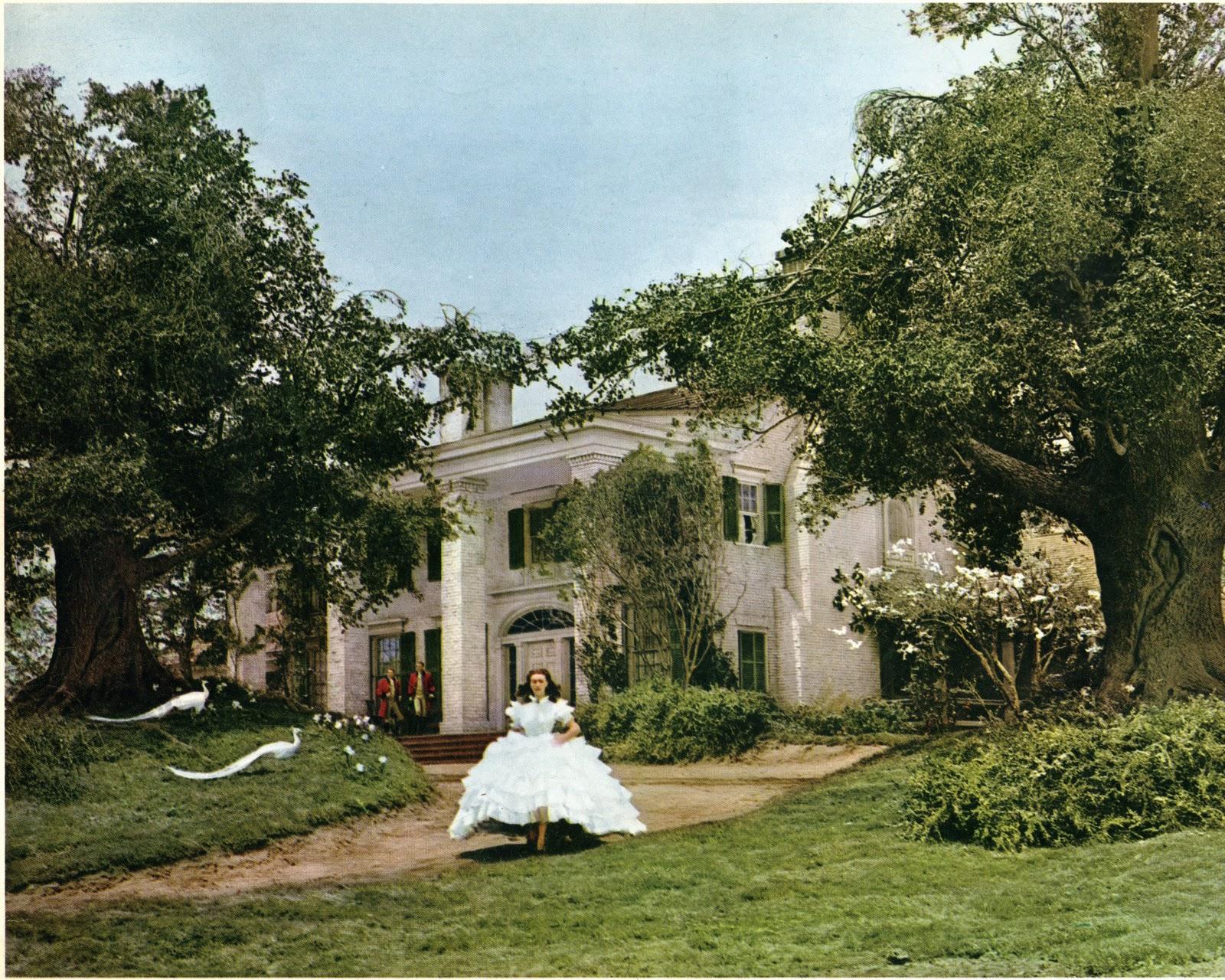 Via col vento l 39 iconica casa del celebre film nascosta in for Casa colonica coloniale
