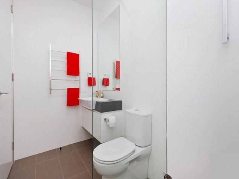 Arredamento Vasca Da Bagno Piccola : Soluzioni e consigli per arredare un bagno piccolo casa