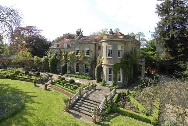 La villa di George e Amal