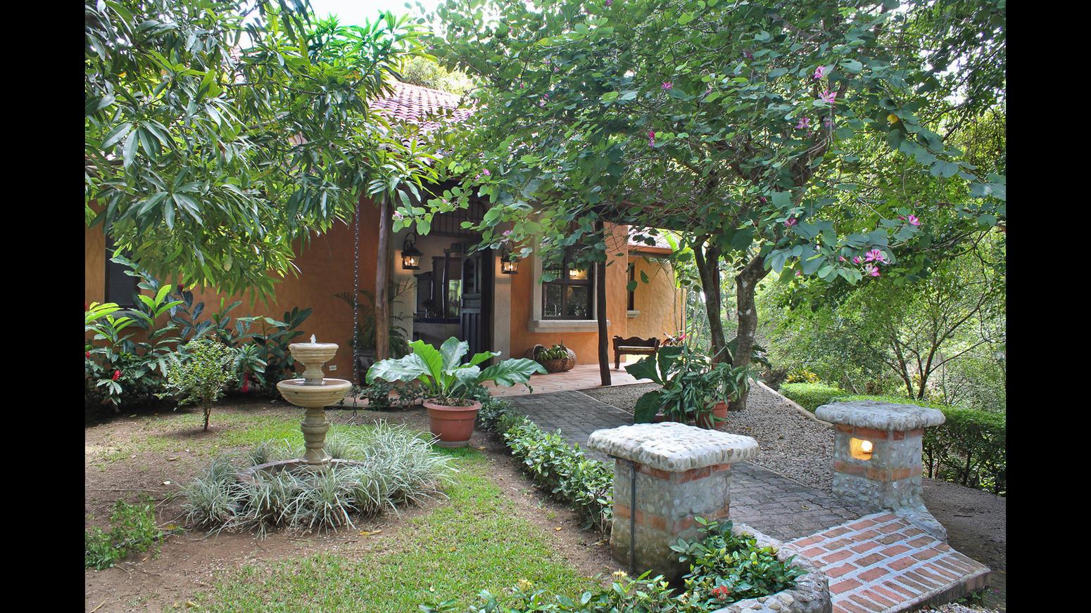 In vendita la villa nella giungla del costa rica di mel gibson for Belle case arredate