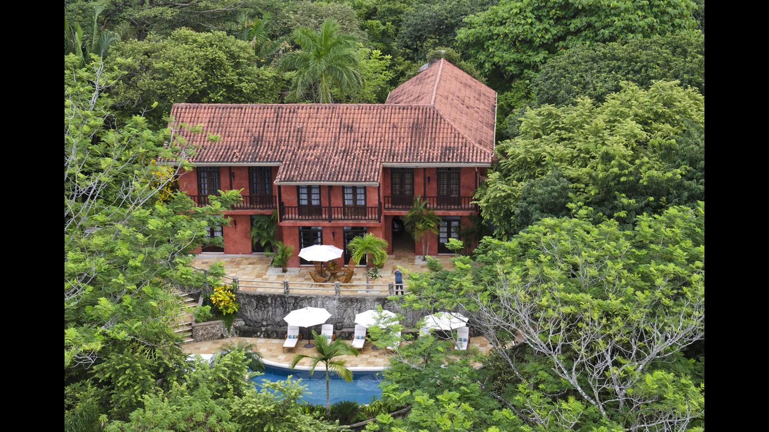In vendita la villa nella giungla del costa rica di mel gibson for Case ben arredate