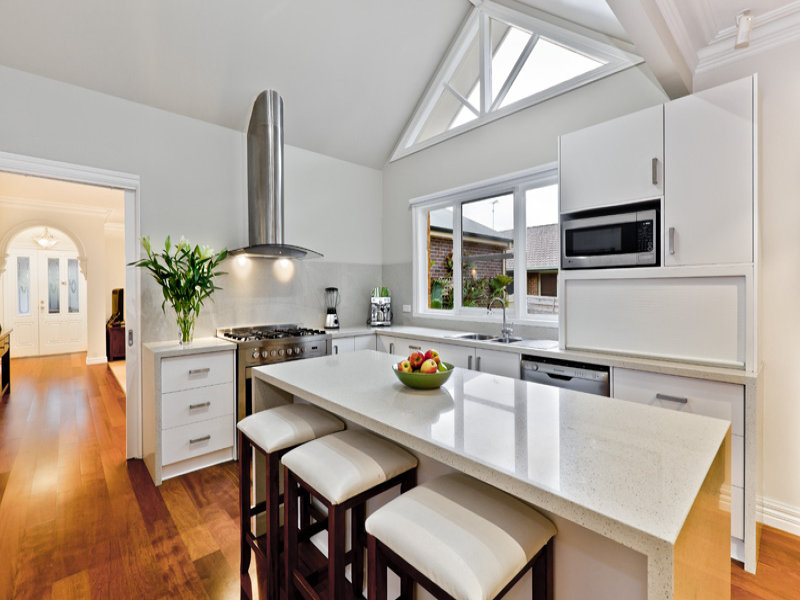 Il marmo in cucina for Piani casa americana