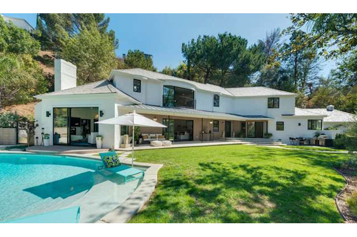 Scarlett johansson compra casa a los angeles for Piani di piscina