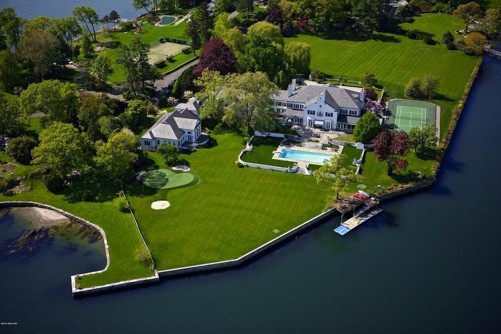 54 milioni per la prima straordinaria villa di Donald ...