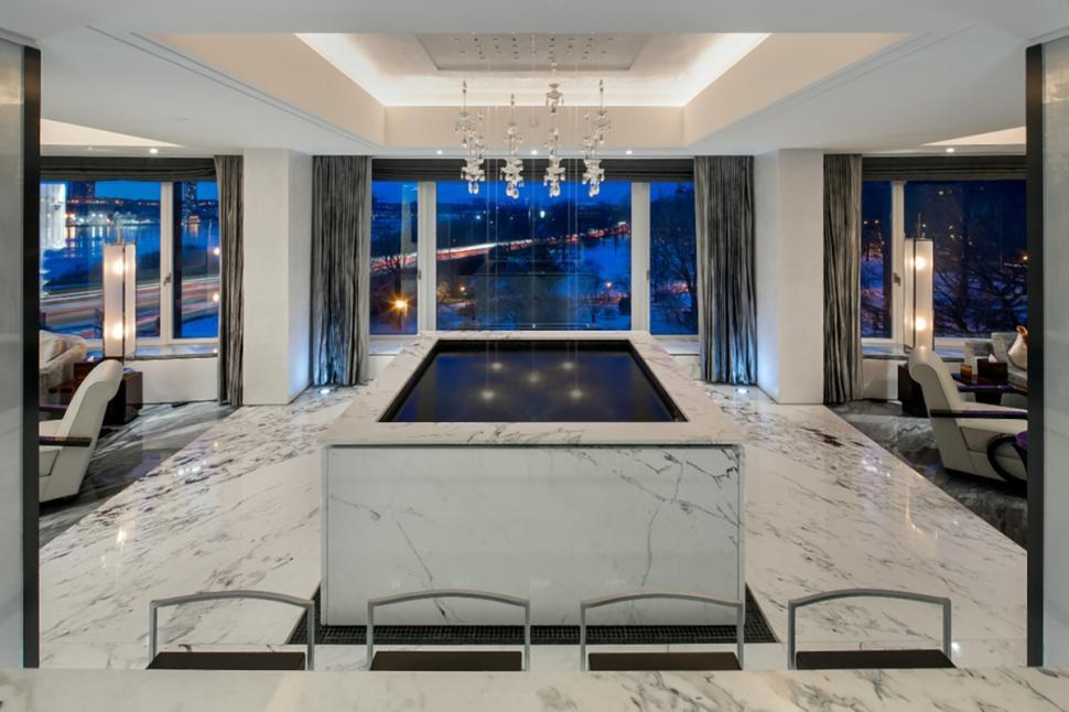 Vivere da nababbo in vendita il super attico di un for Appartamenti lusso new york