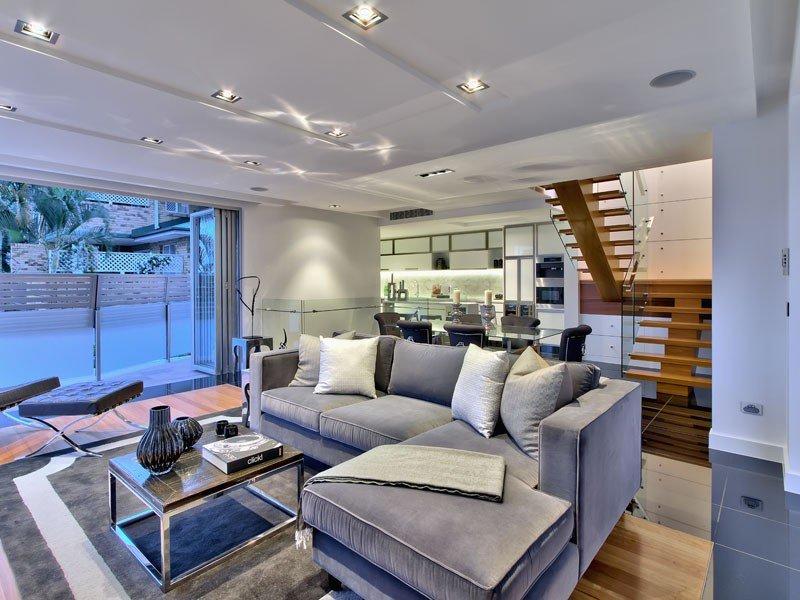 Camera per camera tante idee per arredare il soggiorno for Arredare il salone di casa