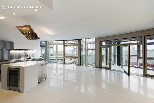 Vincent gallo si vende con la casa for Piani casa artigiano moderno