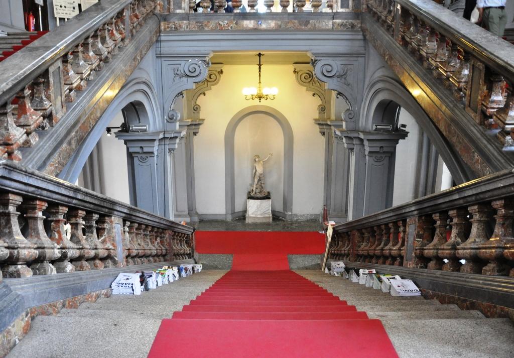 palazzo_litta_scala
