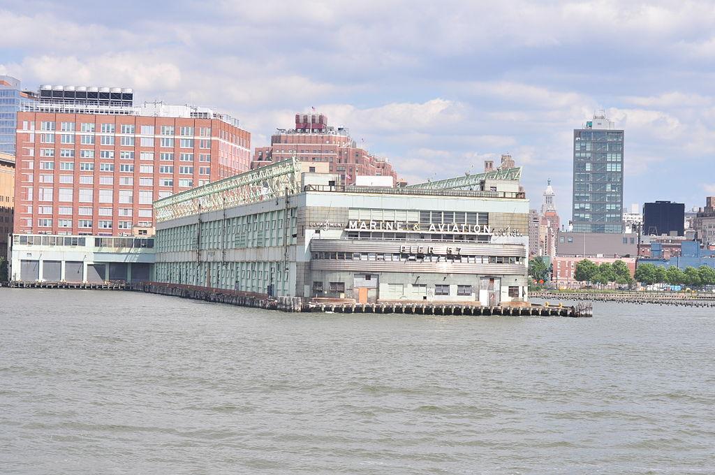 1024px-Manhattan_-_Pier_57_-_01_(9443248114)