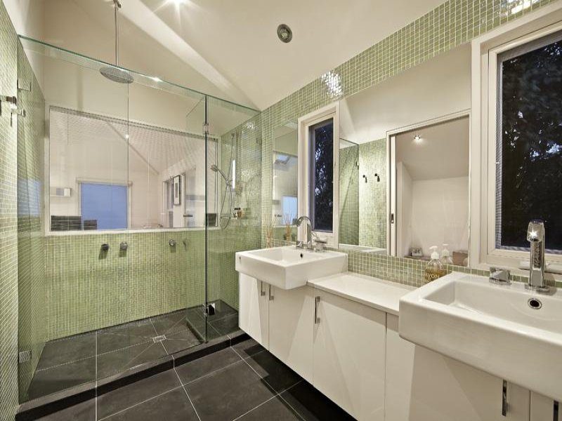 Camera per camera 15 bagni da sogno for 4 piece bathroom ideas