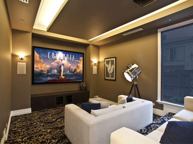 Soggiorno e tv idee e consigli - Realizzare sala cinema in casa ...