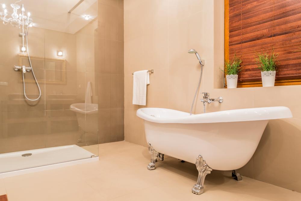 Vasca Da Bagno Stile Francese : Bagno classico: lo stile anche in bagno casa.it