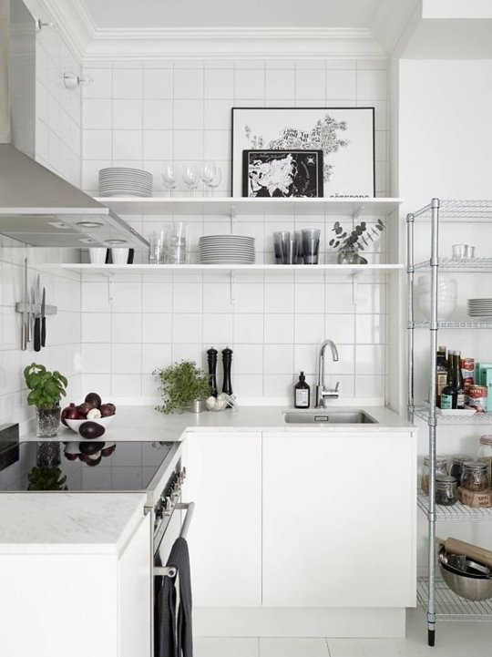 Organize the kitchen down to the smallest detail.