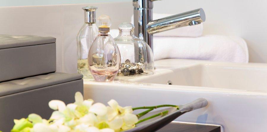 creare spazio in un bagno piccolo