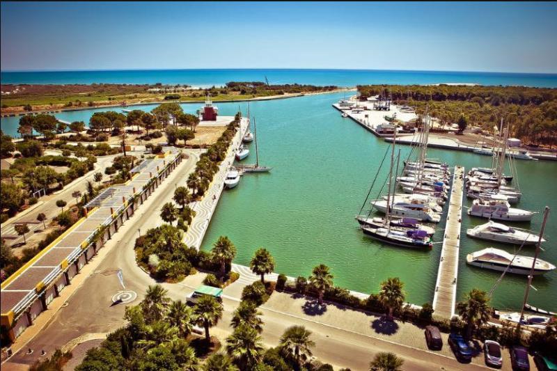 porto_degli_argonauti_-_marina