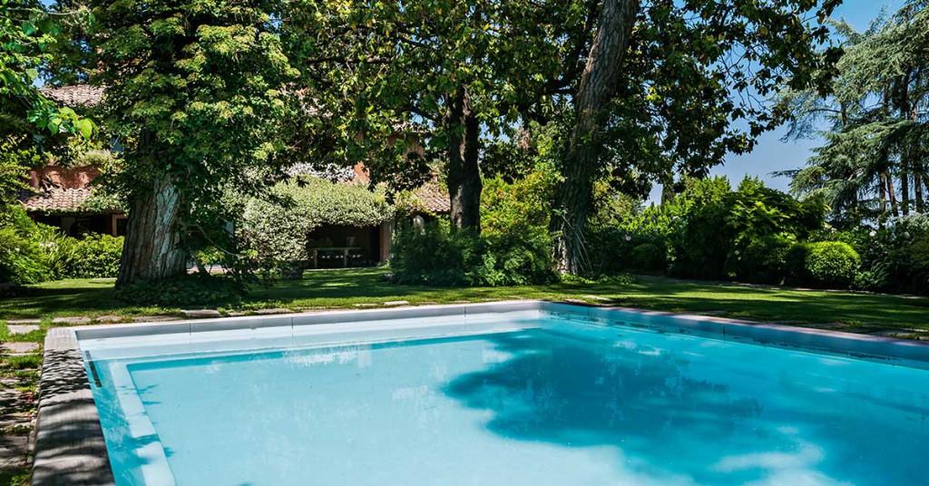 villa_carlo_ponti_piscina