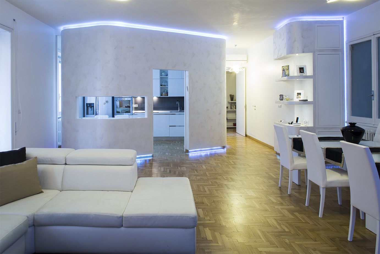 Una ristrutturazione a basso costo e alto tasso di design for Idee ristrutturazione appartamento