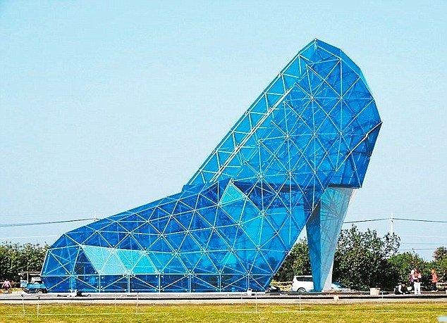 chiesa scarpa di vetro