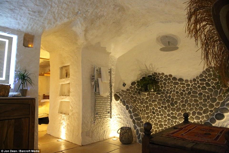 grotta_doccia
