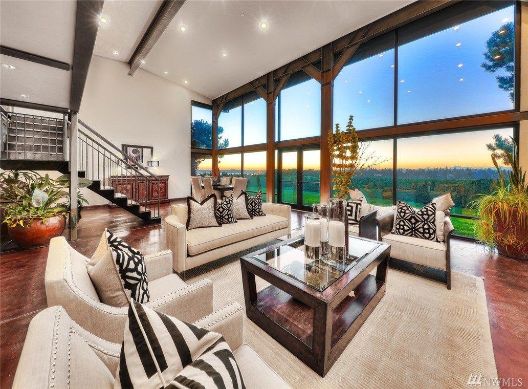 Il ceo di microsoft satya nadella vende la super villa di for Piani di casa in stile ranch con due master suite