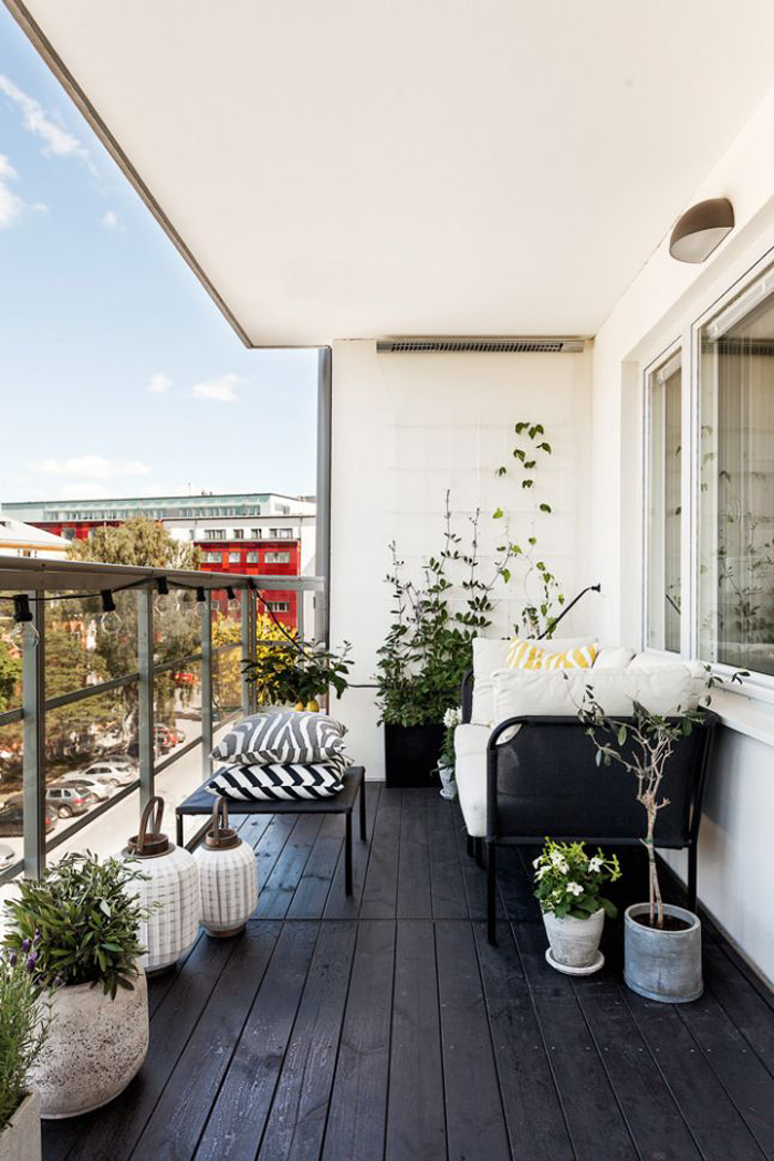 21 idee per arredare un piccolo balcone for Arredare il balcone