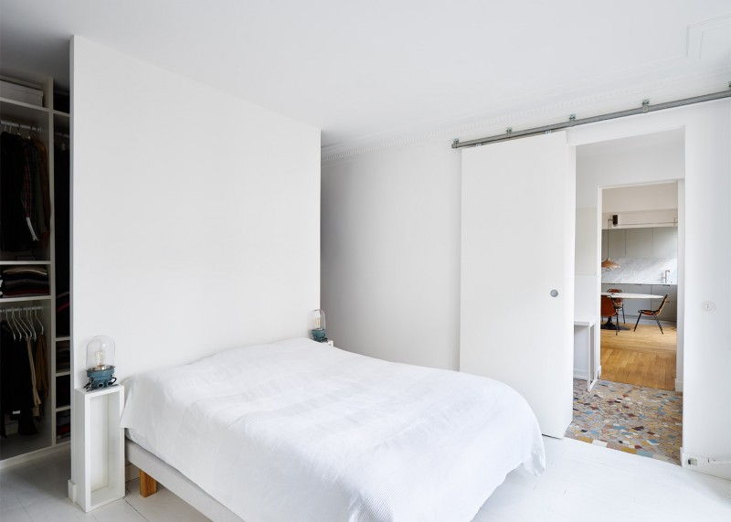 hubert-septembre-apartment-renovation-paris_dezeen_1568_0