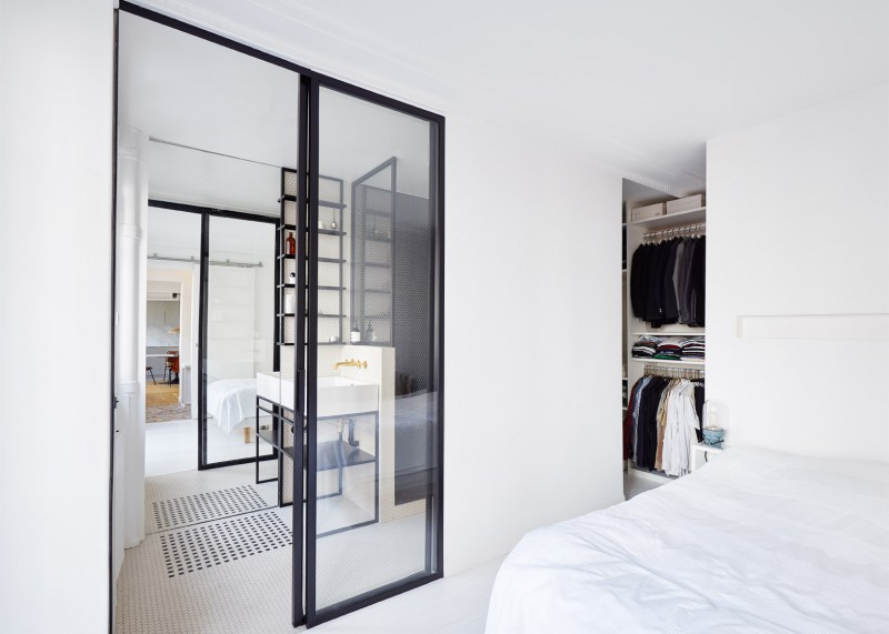 hubert-septembre-apartment-renovation-paris_dezeen_1568_6