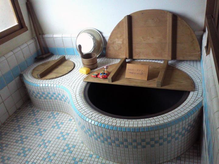casa-totoro-bagno