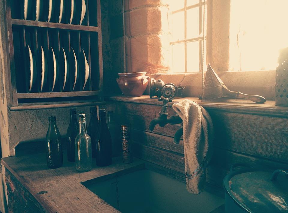 asciugare i piatti