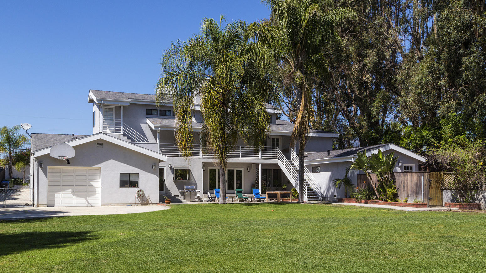 Muse matt bellamy compra la seconda casa a malibu for Seconda casa